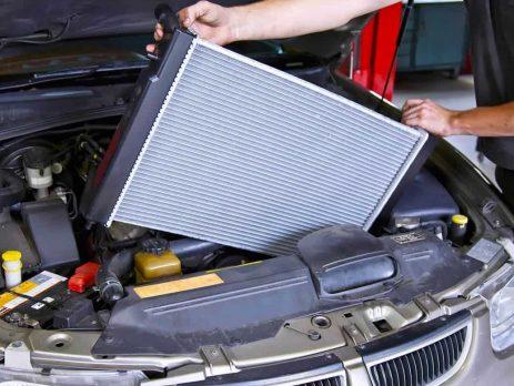 Cấu tạo của két nước làm mát động cơ ô tô