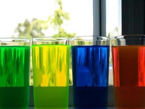 Nước làm mát động cơ ô tô có nhiều màu